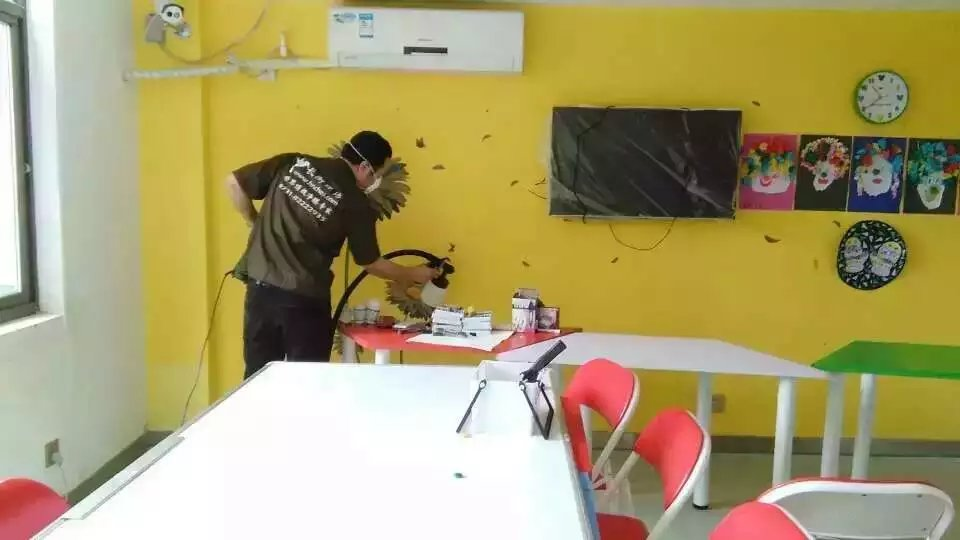 湖南星童天地文化艺术中心墙面施工